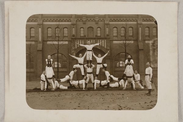 Early 20th century gymnastics